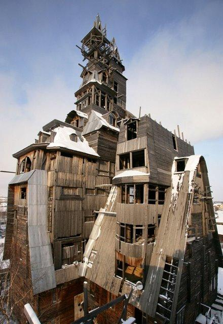 40+ Strangest Buildings You Won't Believe are Real
