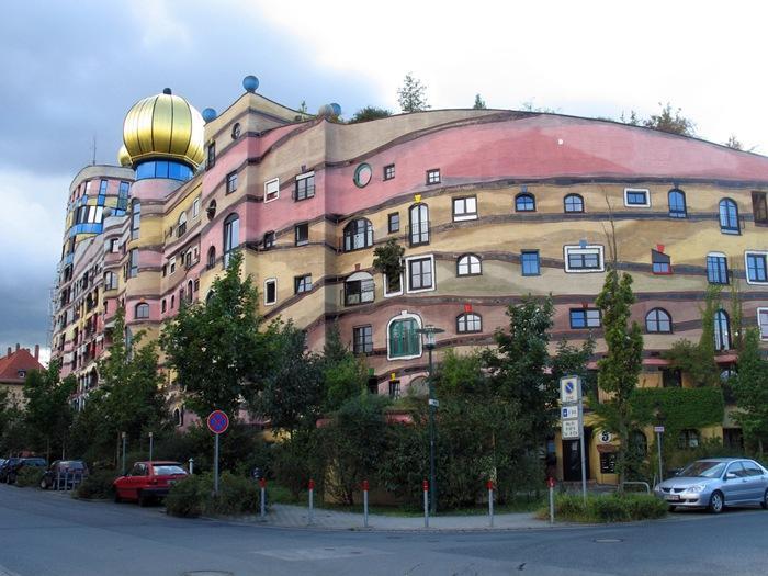 strangest-buildings-004