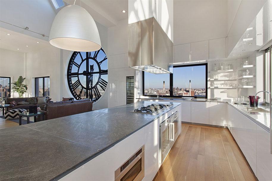 clock-tower-apartment-5