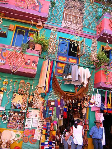 colourful-buildings-008