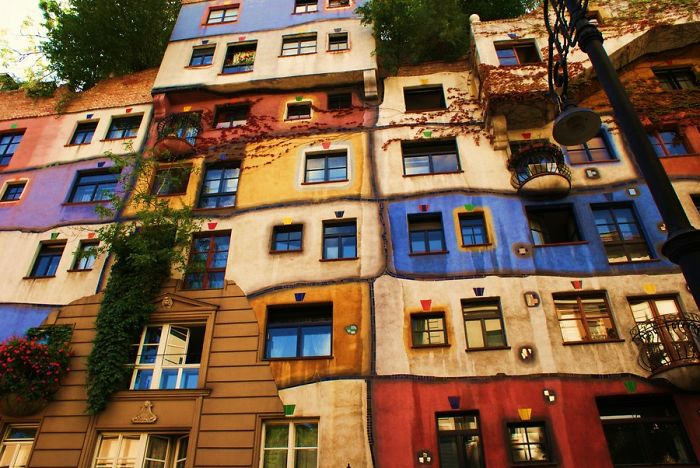 colourful-buildings-032