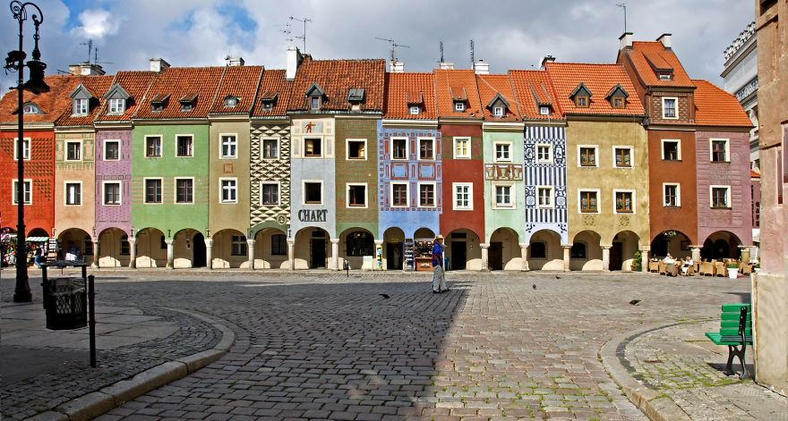 colourful-buildings-072