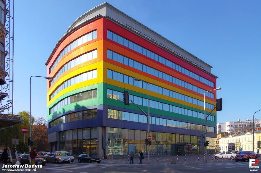 colourful-buildings-073