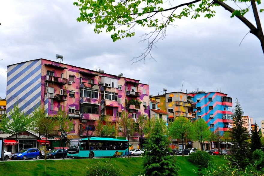 colourful-buildings-086