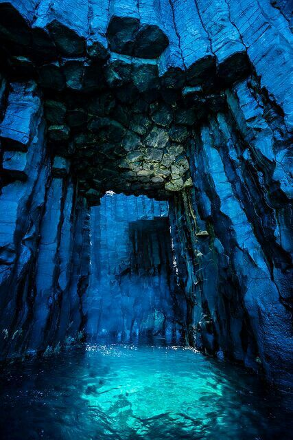 caves-014