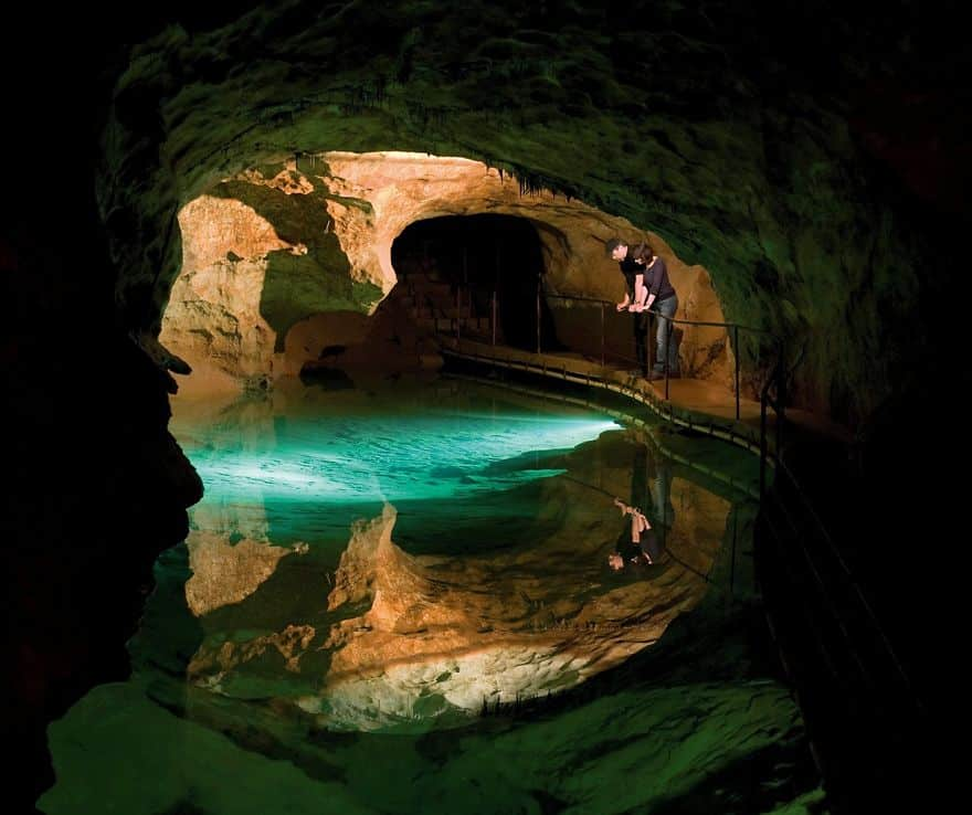 caves-033