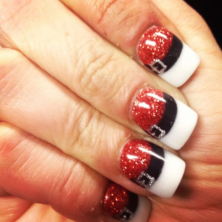 28 Festive Ways to Paint Your Nails These Holidays -DesignBump