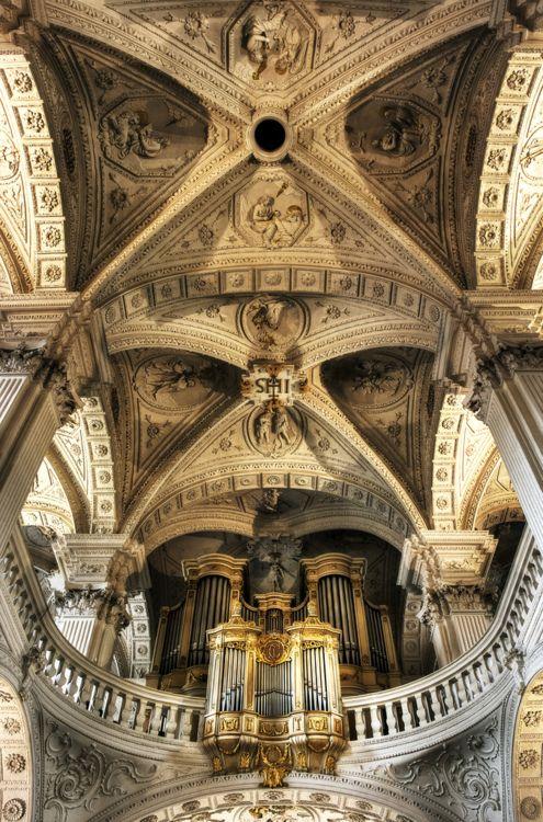 church-ceilings-036