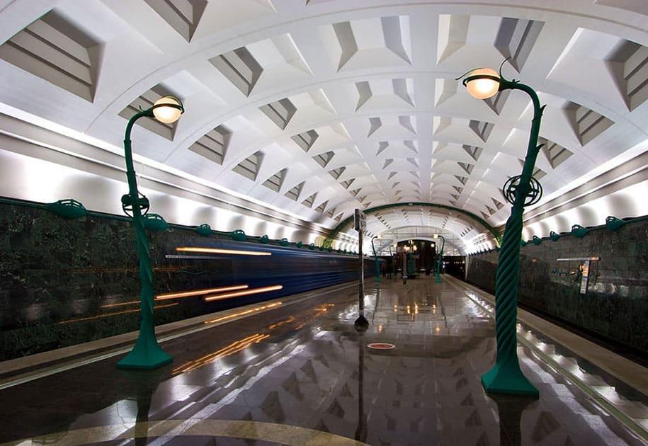 impressive-metro-subway-underground-stations-4