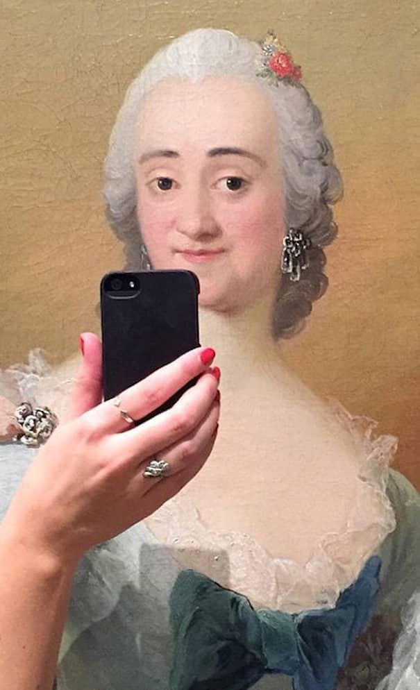 Designer Made Old Museum Paintings Take Selfies