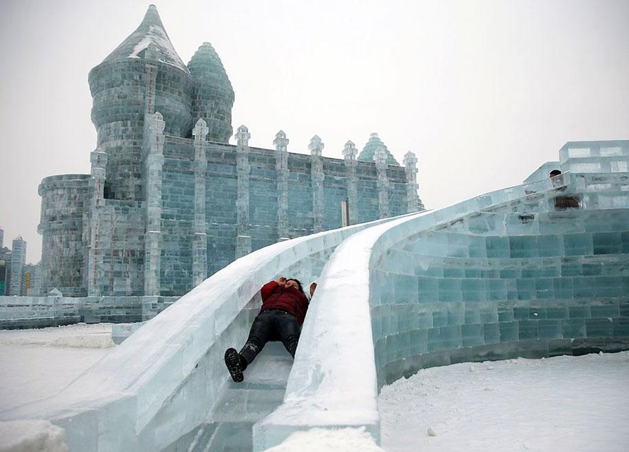 2015-international-ice-and-snow-festival-harbin-china-38