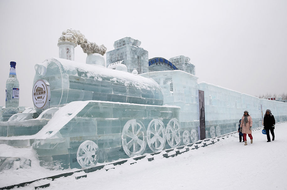2015-international-ice-and-snow-festival-harbin-china-43