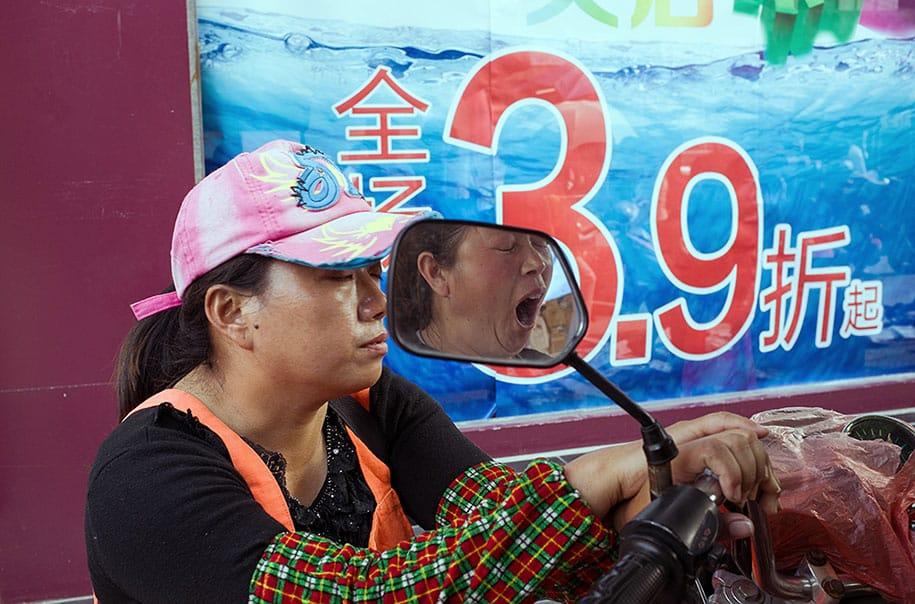china-perfectly-timed-street-photography-tao-liu-12