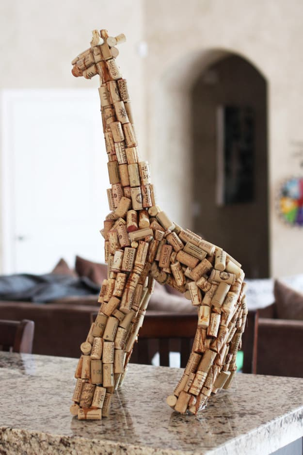 ways-to-use-popped-corks-004
