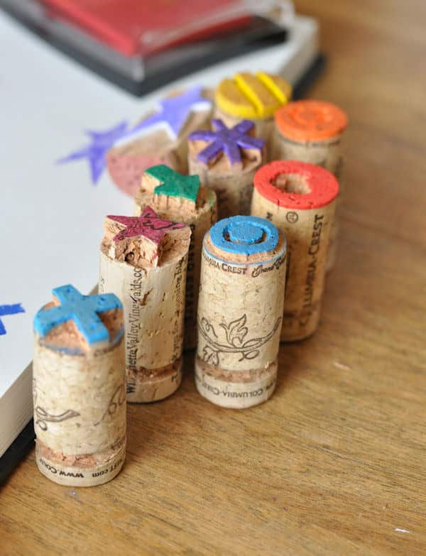 ways-to-use-popped-corks-005