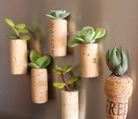 ways-to-use-popped-corks-021