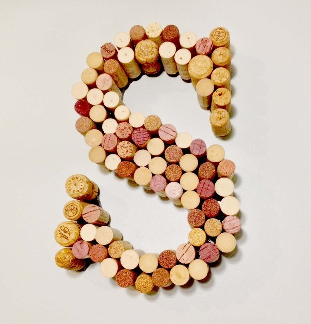 ways-to-use-popped-corks-038