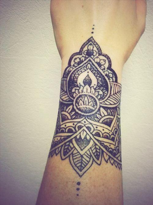 wrist-tattoo-005
