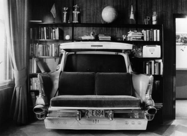 This cozy, vintage love seat.