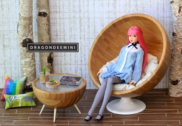 Turn a couple of Blanda bowls into some retro doll furniture.