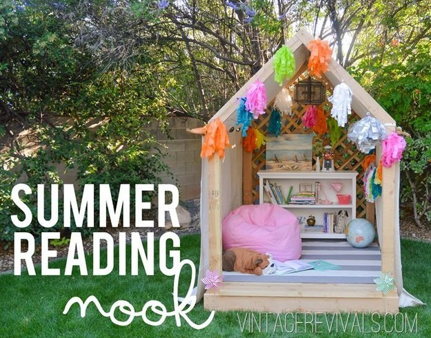 This reading nook will give you so many enjoyable future summers.