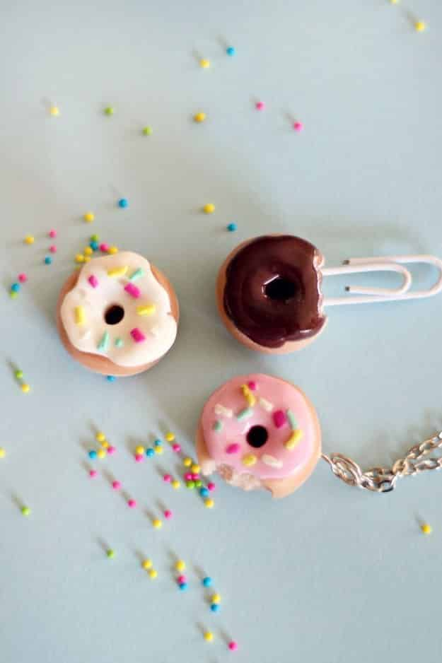 Try not to get pangs of hunger while making your very own donut charms.
