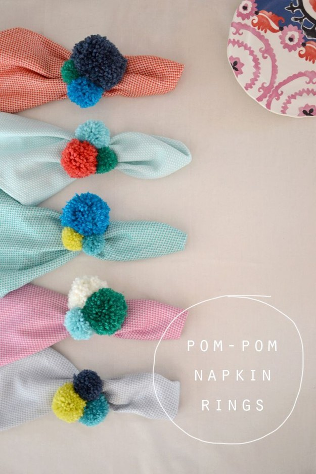 Use these pom pom napkin rings for the most delightful dinner party ever.