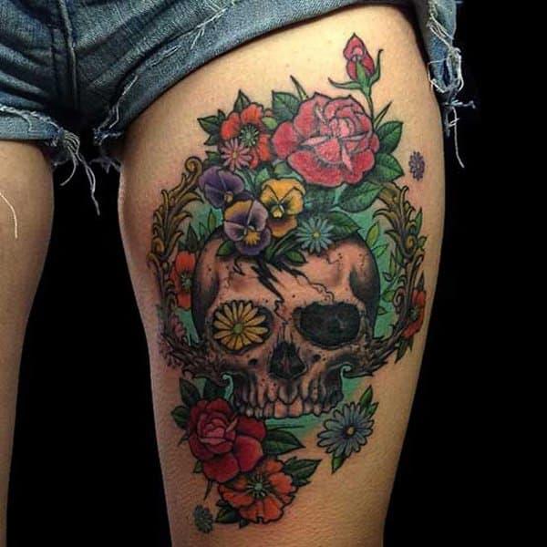 ec2ba1343af9f 55 Gorgeous Thigh Tattoos -DesignBump