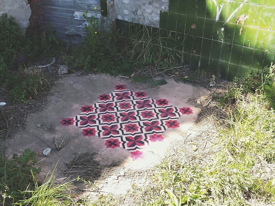 graffiti-spray-paint-tile-pattern-floor-installations-javier-de-riba-11