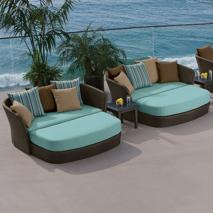 23 Modern Outdoor Furniture Ideas -DesignBump