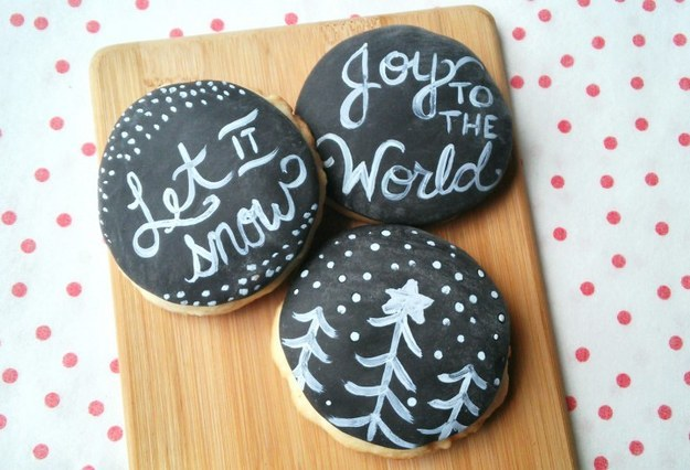 These adorable chalkboards.