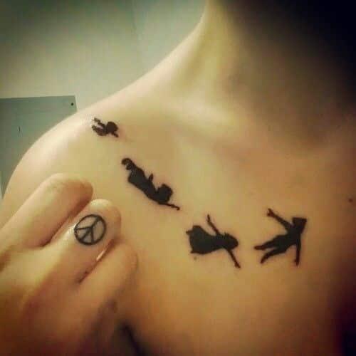 30 Sexy Collar Bone Tattoos -DesignBump
