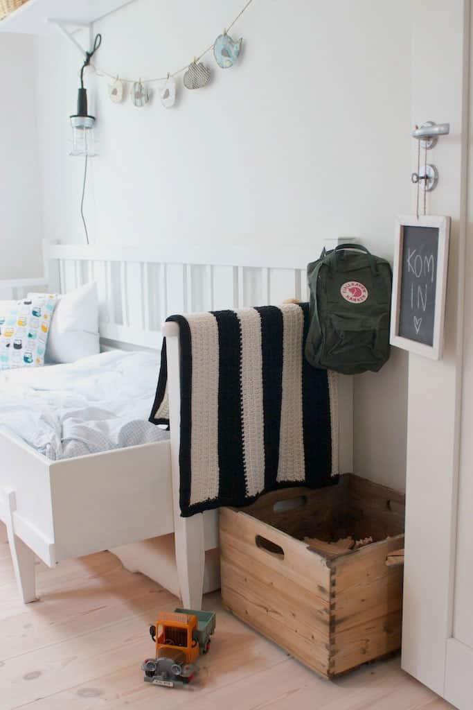 36 Brilliant Old Wooden Crate Furniture Ideas Designbump