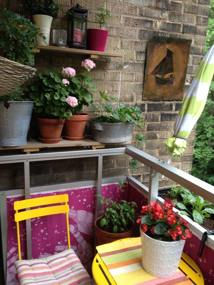 Small Apartment Balcony Garden Ideas: 50 Clever Small Balcony Decorating Ideas -DesignBump