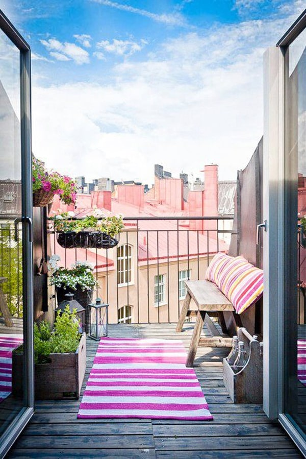 50 Best Balcony Garden Ideas And Designs For 2019: 50 Clever Small Balcony Decorating Ideas -DesignBump