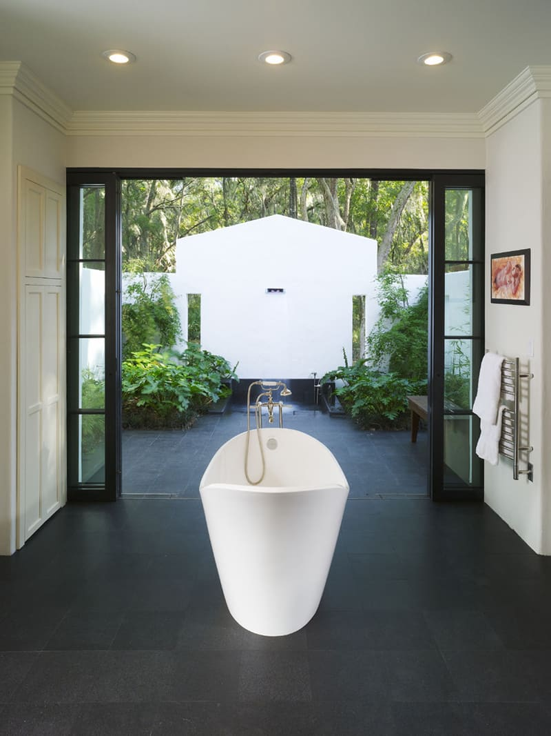 55 Beautiful Outdoor Bathroom Ideas Designbump