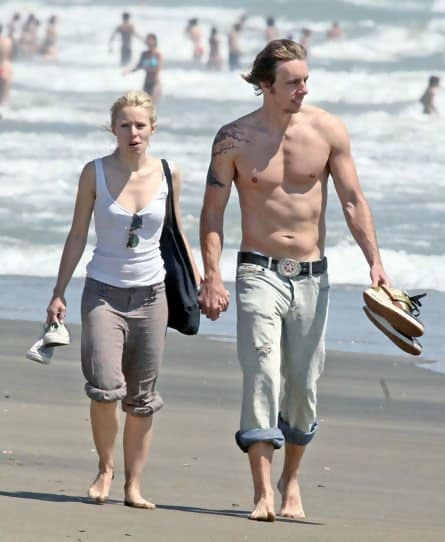 These Celebrities Are Soaring To New Heights Look At These Celeb Couples With Major Height Differences Page 30 Of 37 Designbump She began her acting career by starring in stage. look at these celeb couples with major