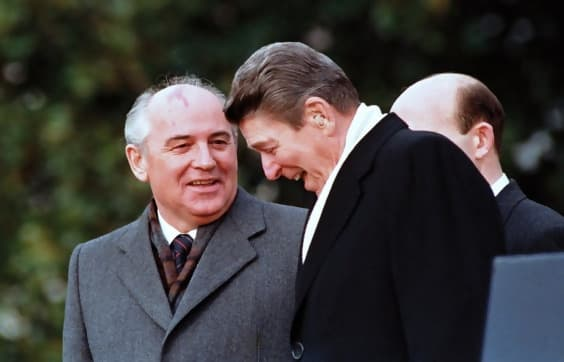 https://images.boredomfiles.com/wp-content/uploads/sites/11/2018/08/gorbachev-reagan.jpg