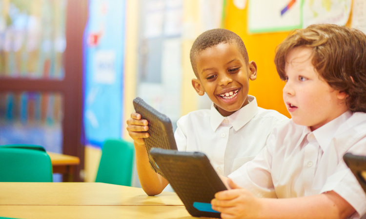 7 smart ways to use technology in classrooms |